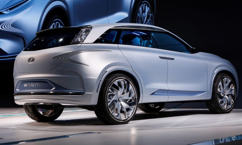 Hyundai S Fe Fuel Cell Concept Emits Nothing But Water
