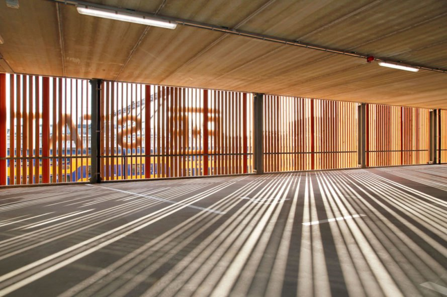 Zutphen park and ride building by MoederscheimMoonen Architects, park and ride architecture, park and ride buildings, beautiful park and ride, Zutphen park and ride, park and ride in Noorderhaven, bicycle parking in Zutphen