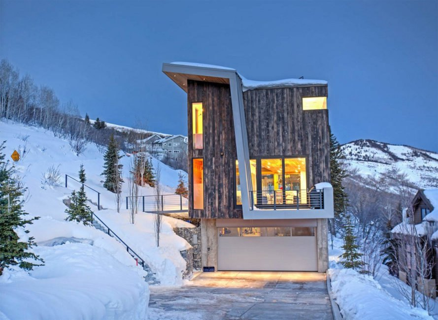 LED lighting, low impact, small footprint, Sho-Sugi-Ban cedar, Axis Architects, Benchmark Modern, cedar cladding, solar gain, Rossie Hill, Park City, solar passive house, smart home, green home, cedar cladding,