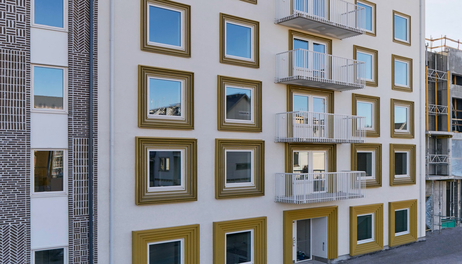 These solar-powered apartments in Sweden generate more energy than ...