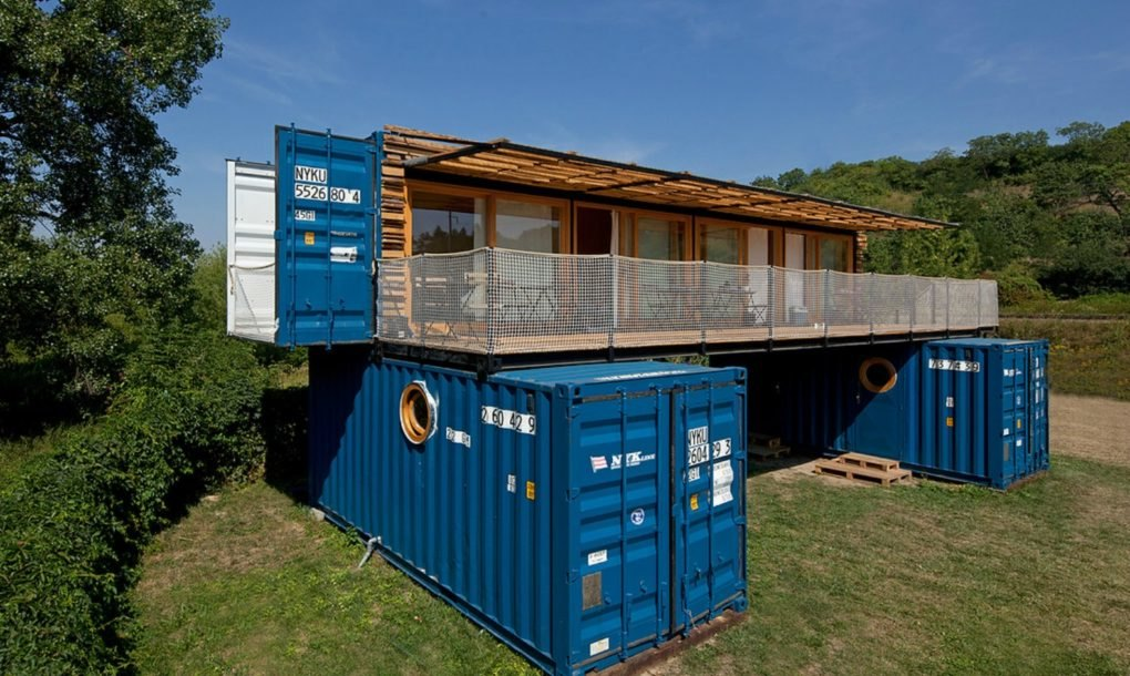this amazing shipping container hotel can pop up anywhere. Black Bedroom Furniture Sets. Home Design Ideas