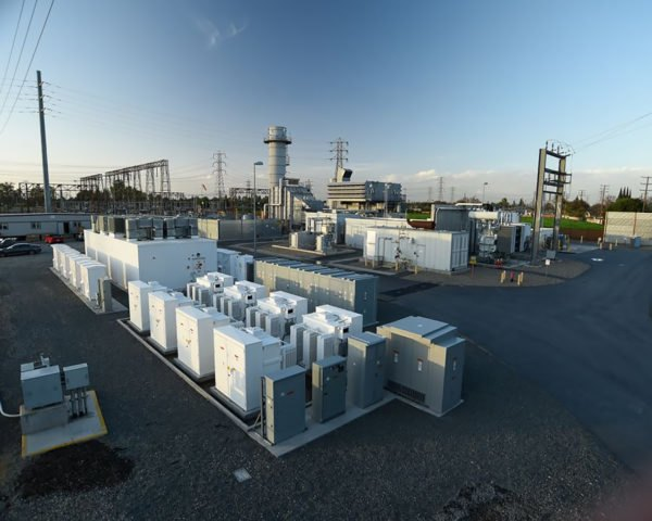 General Electric, GE, hybrid, electricity, electric, grid, hybrid system, battery, batteries, jet engine, jet engine technology, peaker, peakers, energy, clean energy, renewable energy, California, Southern California Edison