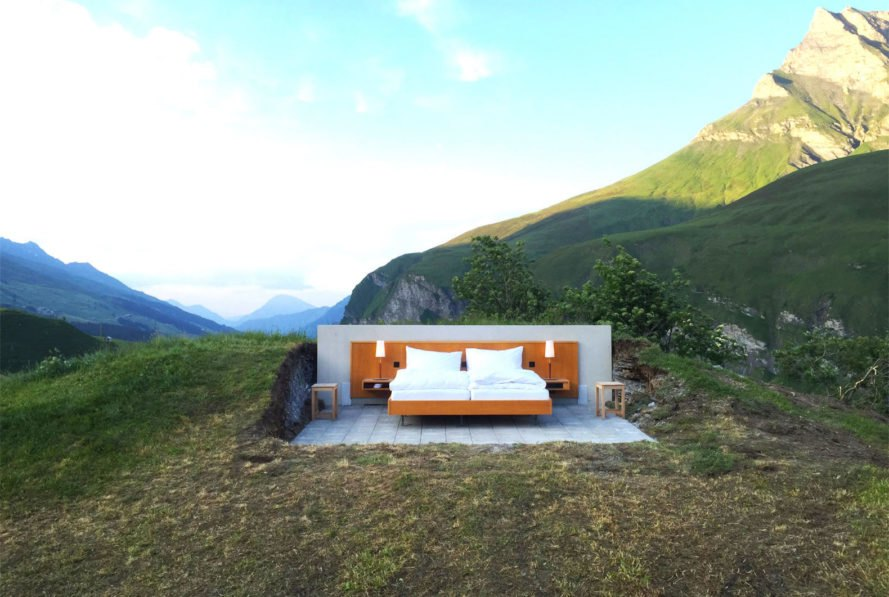 Null Stern, Null Stern Hotel, Frank Riklin, Patrik Riklin, Frank and Patrik Riklin, Switzerland, Swiss alps, open-air, open-air room, hotel room, minimalism, minimalist, nature, landscape, mountain, mountains, hotel, hotels, green hotel, green hotels, eco hotel, eco hotels