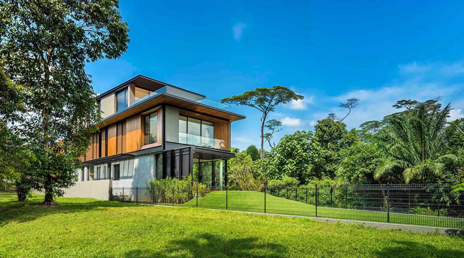 The breeze blows straight through this stunning tropical for Home architecture ltd