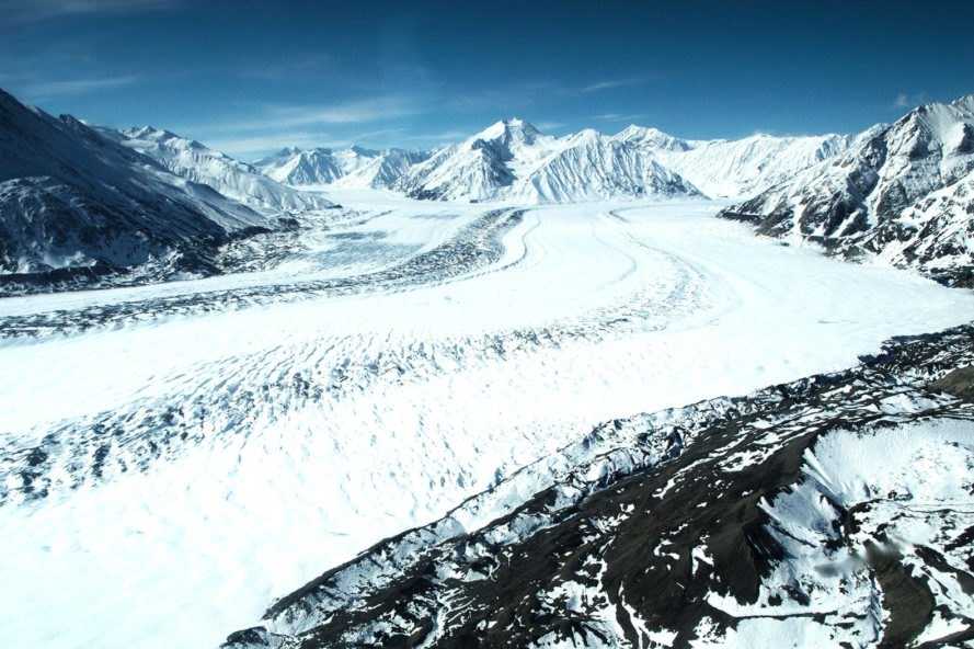 global warming, melting glaciers, manmade global warming, environment, Nature Geographic, climate change, climate change river rerouting, river rerouted, man-made climate change, Kaskawulsh glacier, Slims Lake, Kluane Lake, Yukon glacier, Yukon river,