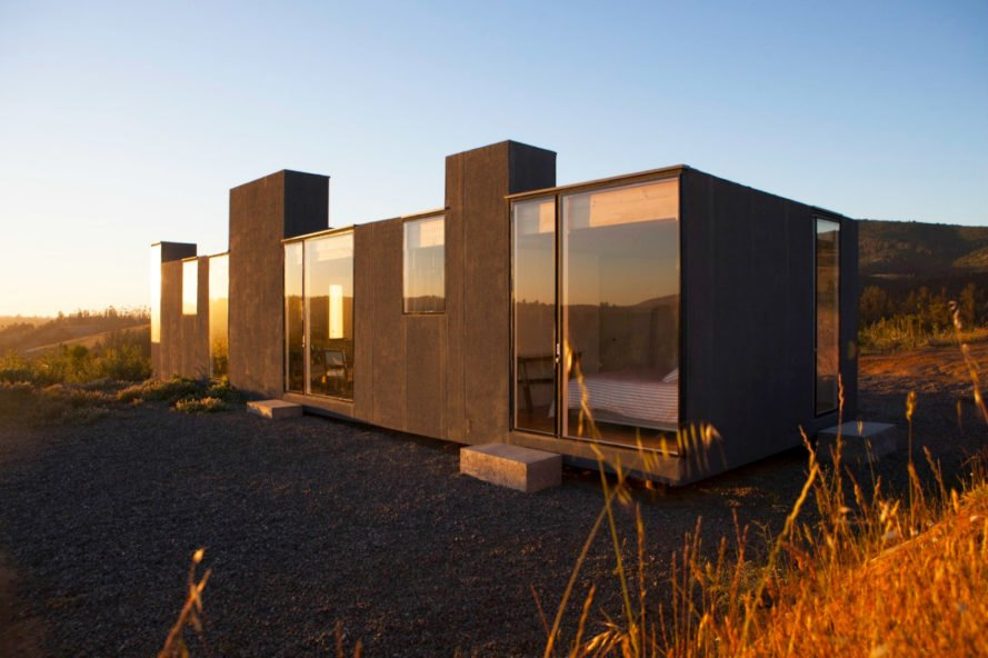 Leyda House, Ignacio Rojas Hirigoyen, Alfredo Gonzalez Briceño, architecture, design, homes in chile, timber homes, timber-clad structures, wooden homes, wood floors, wood ceilings, minimalist design, chilean architecture, chilean homes, leyda valley,