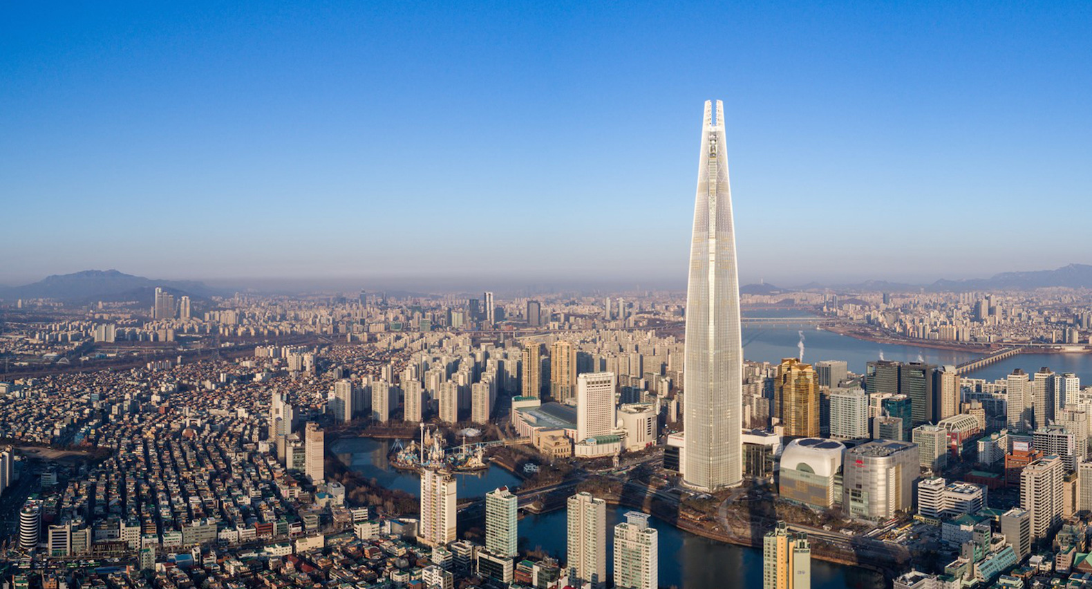 World's newest mega-skyscraper opens in Seoul