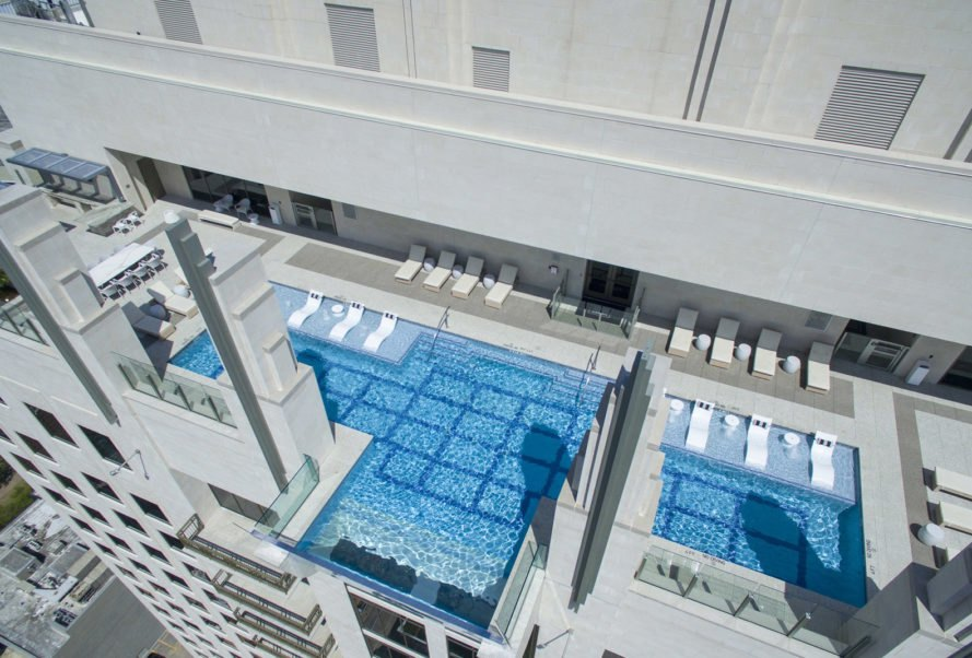Market Square Towers, Market Square towers pool, Market Square Towers Houston, Market Square Towers Houston cantilever pool, floating pool, cantilever pool, sky pool, rooftop pool, 40 story pool, architecture, floating rooftop pool