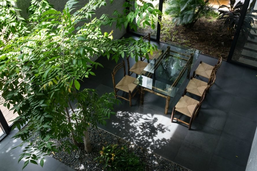 Vo Trong Nhia Architects, Binh House, vietnamese architecture, vietnamese home design, Ho Chi Minh City, Ho Chi Minh, Vietnam, green space, jungle homes, green interiors, garden space, vertical farming, sustainable materials, vertical farming, urban growth, home design, sustainable building, green design
