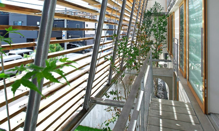Wow! Sta., Takeru Shoji Architects, multipurpose architecture, mixed-use, wooden louvers, commercial architecture, Japan, indoor garden, suburbs, green architecture