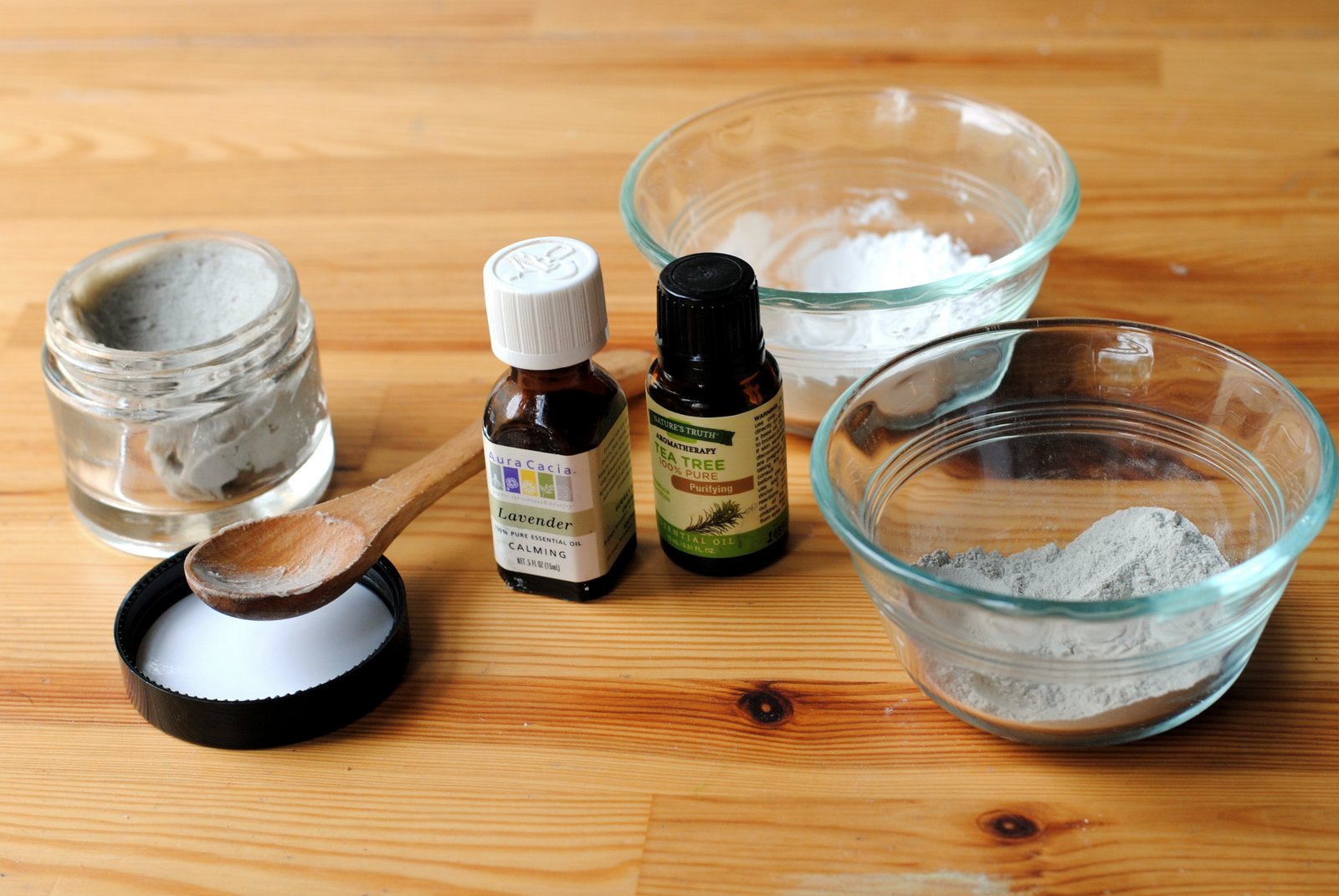 DIY: How to make your own natural deodorant at home