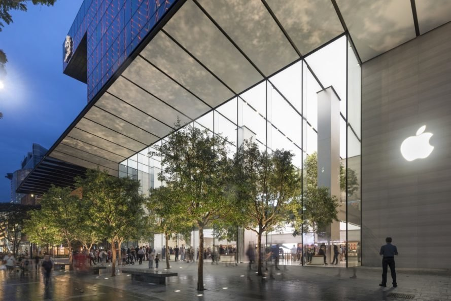 Singapore Apple Store, Apple Orchard Road by Foster + Partners, Apple Orchard Road, Genius Grove Singapore, sustainable Apple store, Apple and renewable energy,