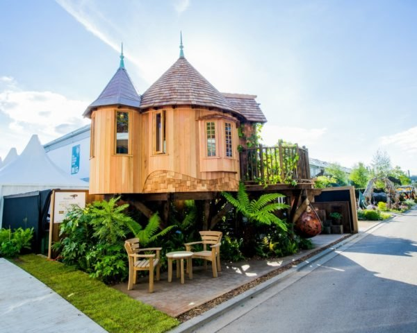 Blue Forest, tree house, tree house design, RHS Chelsea Flower 2017, timber tree houses, timber tiny homes, tree escapes, off grid homes, tree living, forest living, forest homes, cedar tree houses, cedar homes, flower exhitions chelsea, chelsea flower show