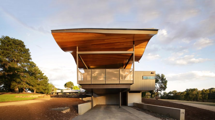 Lauriston house by Seeley Architects, contemporary Australian rural architecture, Kyneton architecture, passive solar homes in Australia, wavy roof, sinuous roof, Messmate timber lining, French pattern bluestone, cantilevered home