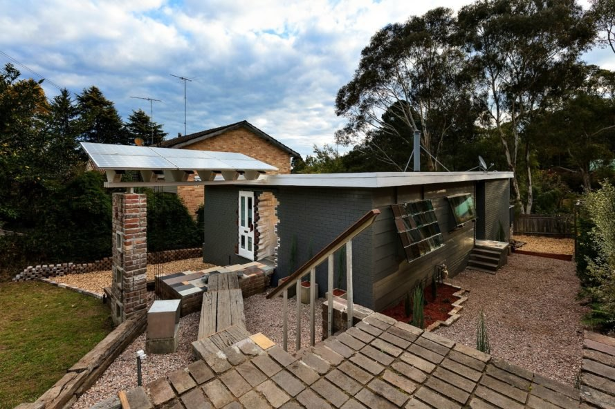 Alexander Symes Architect, Upcycle house, Recycled building materials, australian architecture, green design, repurposed building materials, sustainable design, sustainable home design, upcycle house Blackheath, sustainable architecture, green home design, repurposed buildings,