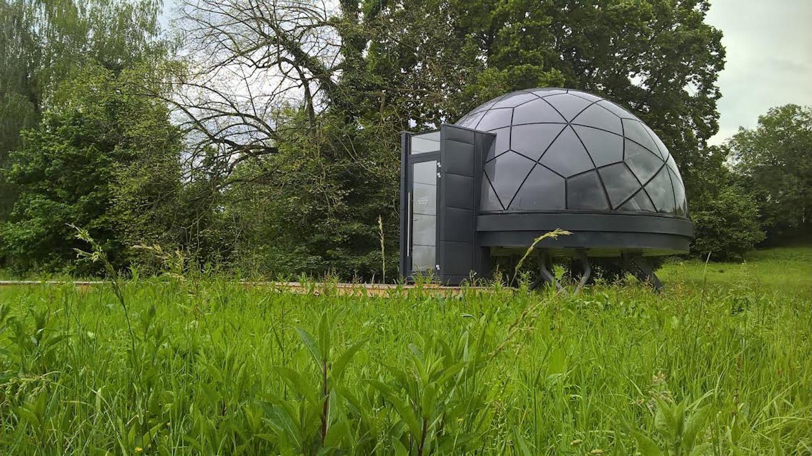 Mobile Smartdome homes pop up almost anywhere starting at €20k