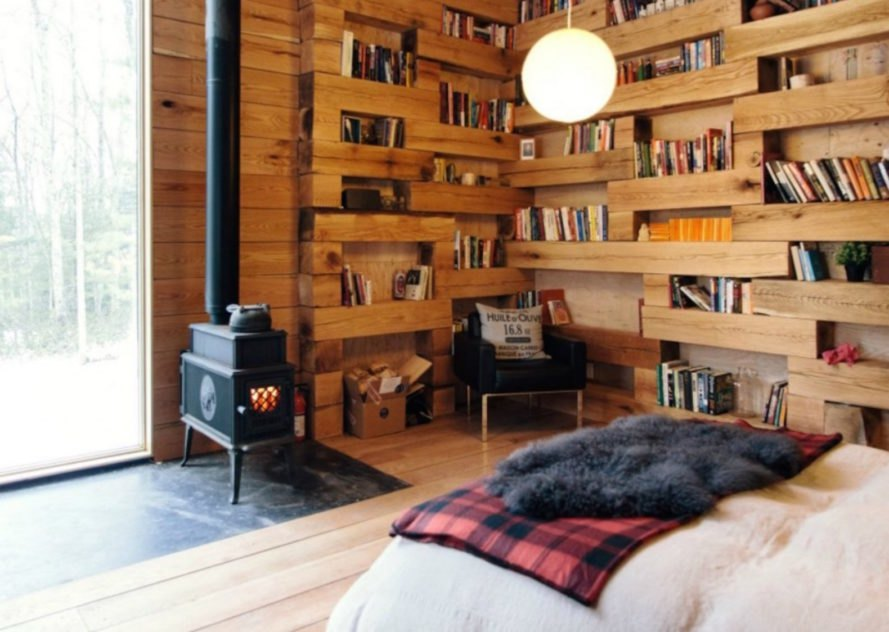 book nook, cabin, upstate cabin, New York library room