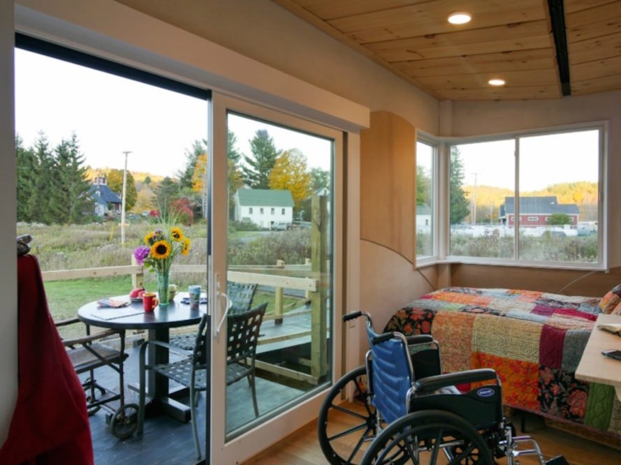 tiny home, disability-friendly, wheelchair accessible, mobile home