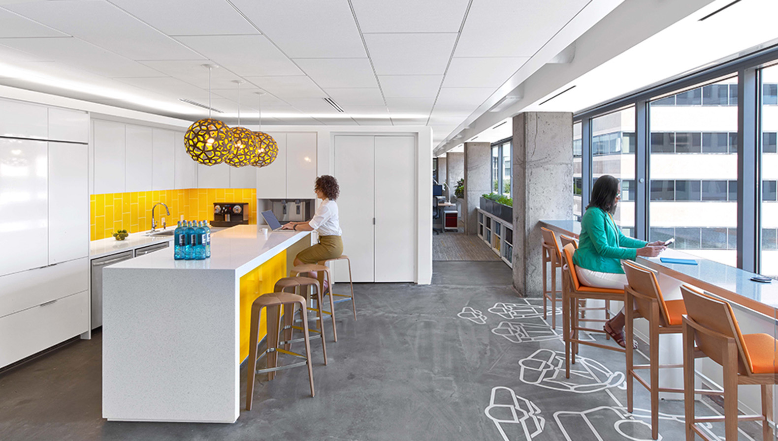 World 39 s greenest and healthiest office crowned in for Interior design office space