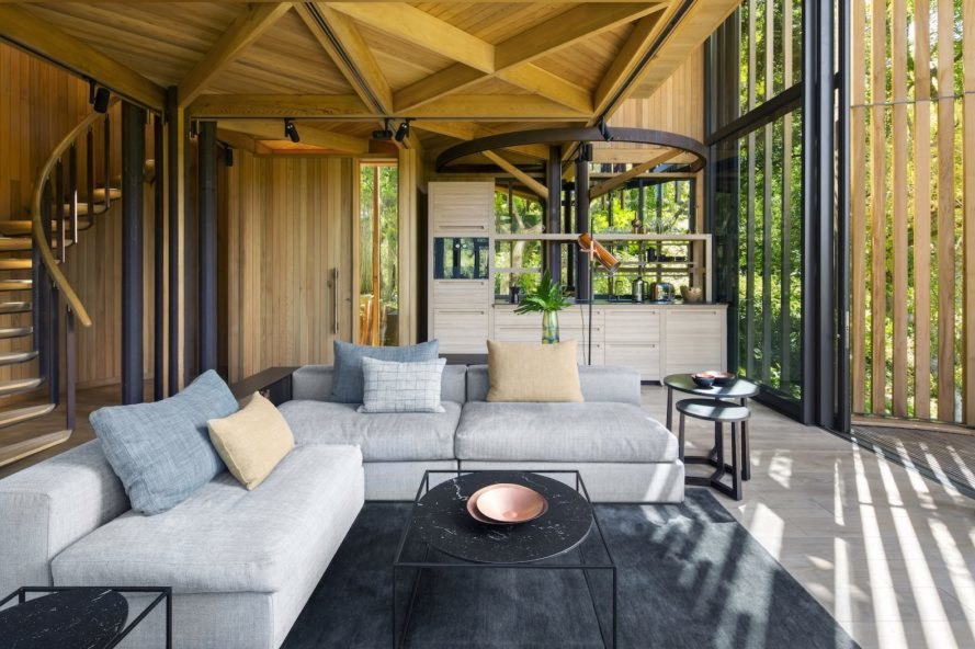 House Paarman by Malan Vorster, Malan Vorster treehouse, forest inspired buildings, tree inspired architecture, tree house in Cape Town, House Paarman tree house, South Africa tree house,