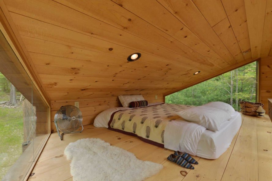 Inhabit treehouse by Antony Gibbons Design, Woodstock treehouse, New York treehouse rental, Antony Gibbons Design treehouse, Inhabit Treehouse, Inhabit Treehouse in New York, Inhabit Treehouse Woodstock, reclaimed materials treehouse,
