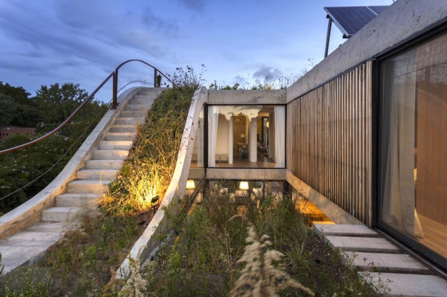 MeMo House by Bam! Arquitectura, San Isidro house, green roofed Buenos Aires home, solar Buenos Aires home, ecofriendly Buenos Aires home, Bam! Arquitectura architecture