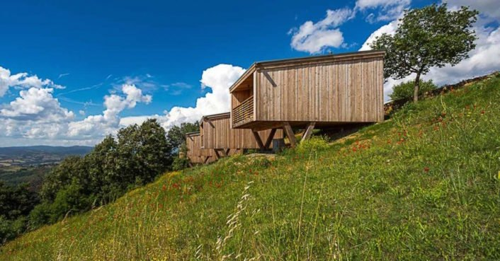 Low-impact monastery huts in Italy are made from 100% recyclable materials