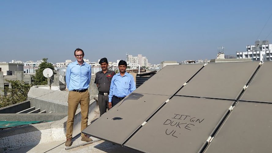 Duke University, India, China, solar panel, solar panels, dirty solar panel, dirty solar panels, dusty solar panel, dusty solar panels, pollution, air pollution, air quality, particles, airborne particles, solar, solar power, solar energy, renewable energy, energy