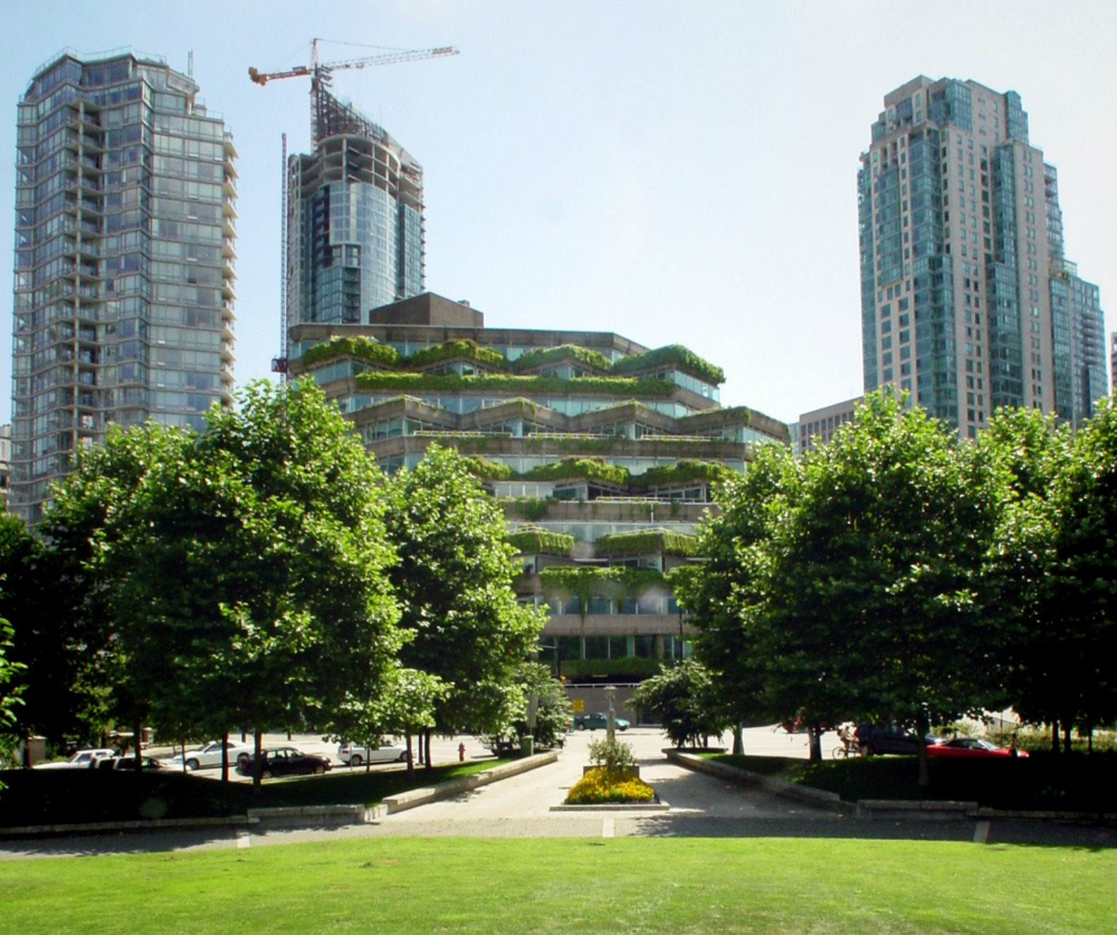Shigeru ban architects unveil plans for the world 39 s - Green design ...