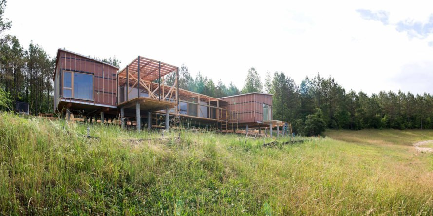 Spliner Creek, concept house, Lake Flato, Lang Architecture, The Loch Collective, rustic house, Mississippi, green architecture, native grasses, agrarian buildings, green lifestyle