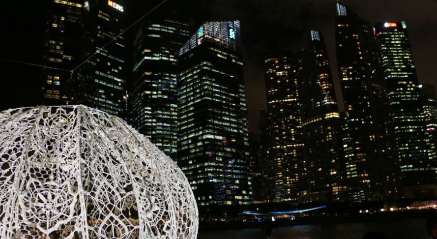 Urchins installation, Choi+Shine Architects, art installation, sea urchins, iLight Marina Bay Festival, Singapore, temporary installation, biomimicry, green design, patterns