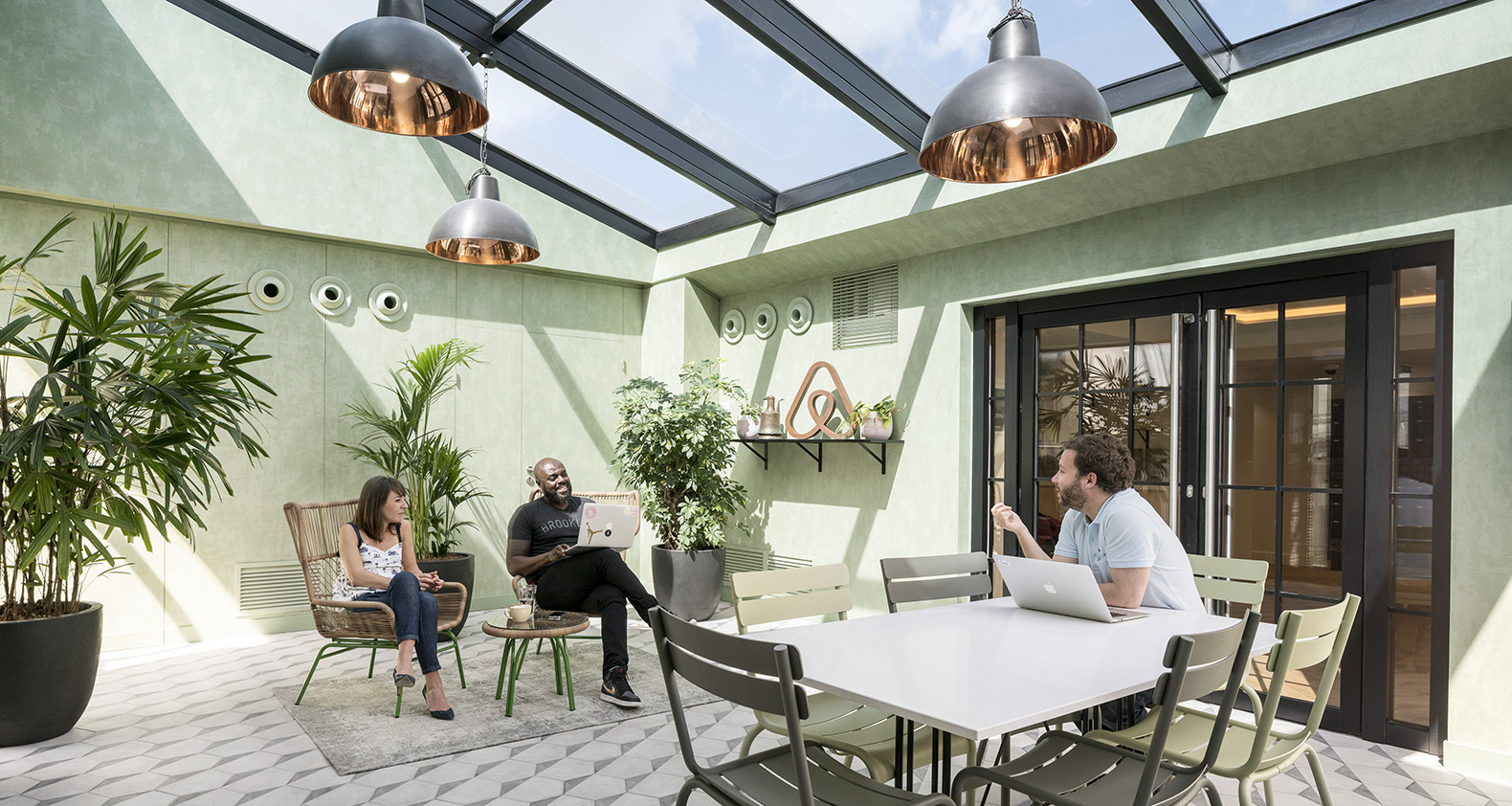 office space architecture. Airbnb\u0027s Brand New Paris Office Is A Loft-like Space That Feels Like Home Architecture P