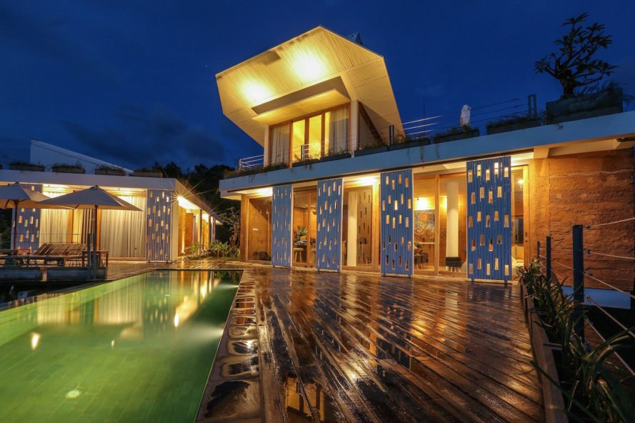 Clay House by Budi Pradono, Indonesia architecture, Lombok modern architecture, Lombok home, shipping container architecture in Indonesia, Indonesia contemporary homes, Selong Belanak architecture, Seven Havens by Budi Pradono