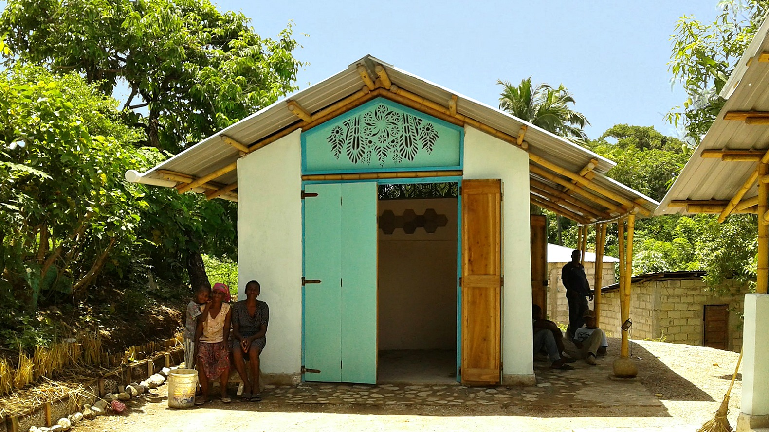 Sustainable Konbit Shelter Replaces Home Destroyed By