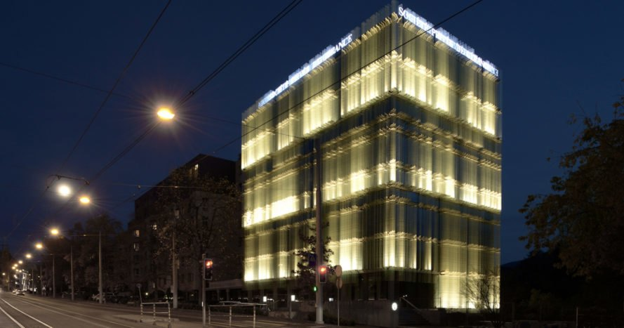 Giovanni Vaccarini Architetti, SPG Headquarters, green renovation, office building, glass facade, Geneva, natural ventilation, green architecture, natural light, thermal insulation, acoustic insulation, Brise-soleil, LED lights