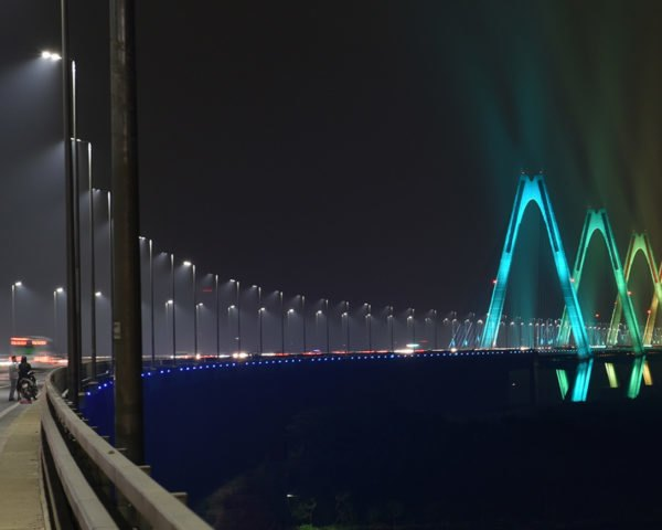 Nhat Tan Bridge, Philips ActiveSite, LED lighting, lighting system, bridge, Hanoi, Vietnam, Sun Group, green lighting, LED lights, Philips, energy-efficient lighting