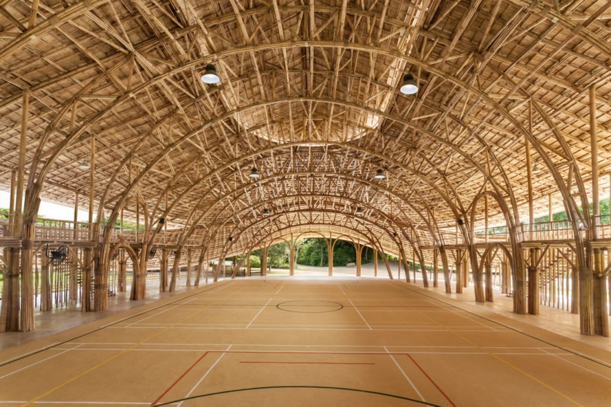 Bamboo Sports Hall by Chiangmai Life Construction, Chiangmai Life Construction Panyaden International School, Bamboo Sports Hall at Panyaden International School, bamboo architecture in Thailand, prefabricated bamboo trusses, sustainable bamboo architecture, organic bamboo architecture, bamboo sports hall