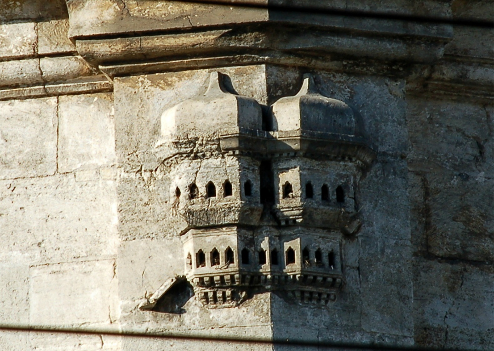 Incredible Ottoman-era bird palaces reveal how Turkish people ... on doll house homes, cockatiel homes, great britain homes, bellah homes, mouse homes, north america homes, baby chicken homes, endangered homes, bunk homes, pencil sketch homes, wild homes, hedgehog homes, snake homes, barrack homes, tadpole homes, bole homes, deer homes, crooked homes, byrd homes,