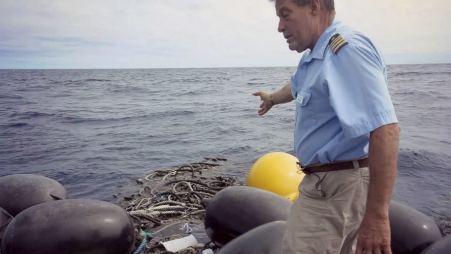 Charles Moore, Great Pacific Garbage Patch, new garbage patch, plastic pollution, marine wildlife, ecosystem, trash,