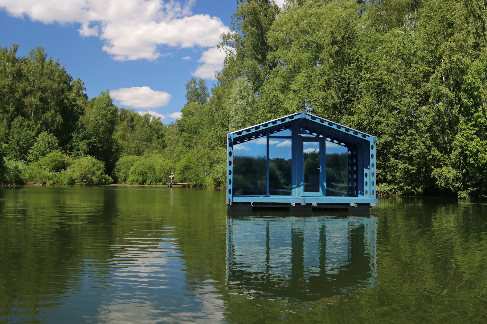 compact floating cabin pops up in extreme remote locations dd16 by bio architects inhabitat. Black Bedroom Furniture Sets. Home Design Ideas