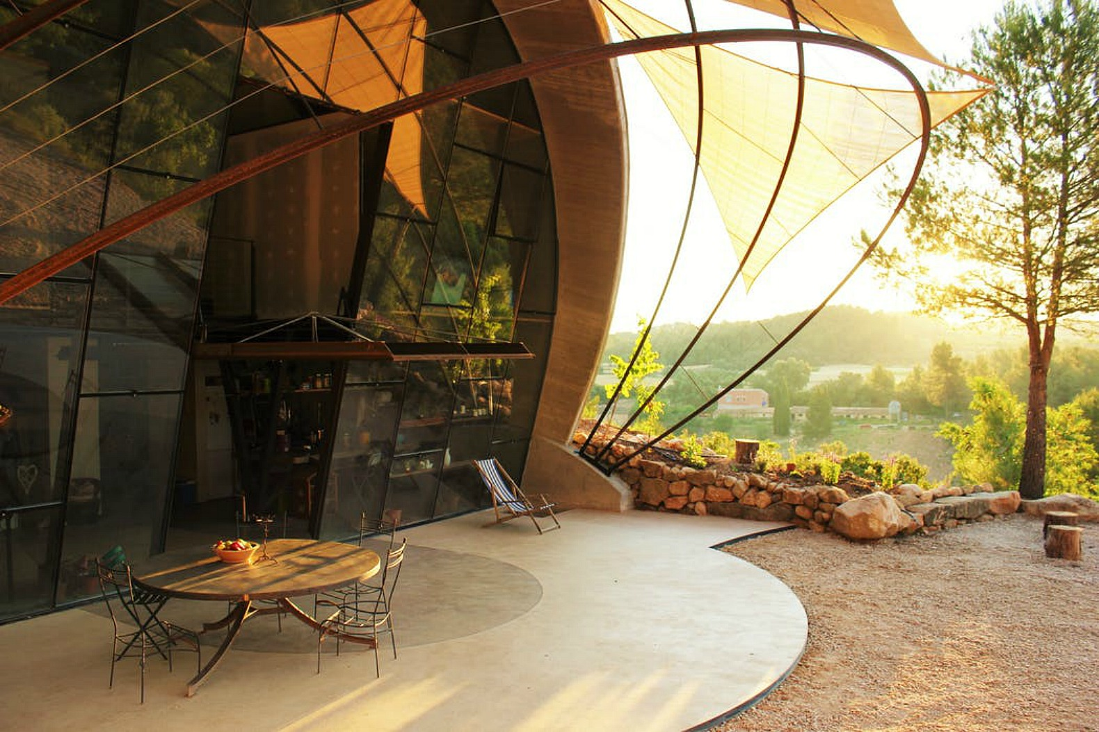 Snail-inspired retreat is the perfect escape for nature lovers