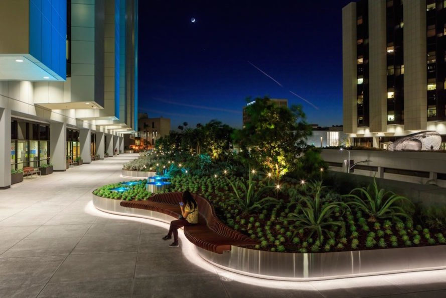Healing gardens cedars sinai medical center by ahbe for Ahbe landscape architects