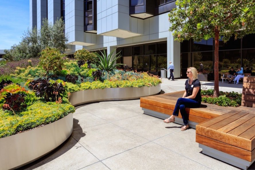 Landscaped Gardens Facility: Healing Gardens Cedars-Sinai Medical Center By AHBE