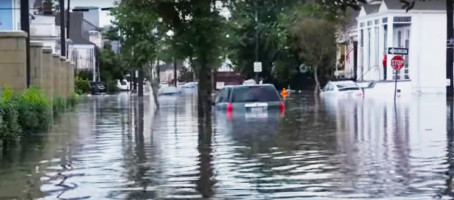 New Orleans, Louisiana, flood, flooding, flooded, water, hurricane, storm, heavy rain, heavy rains, rain, raining, pump, pumps, pump system, drainage, infrastructure, state of emergency