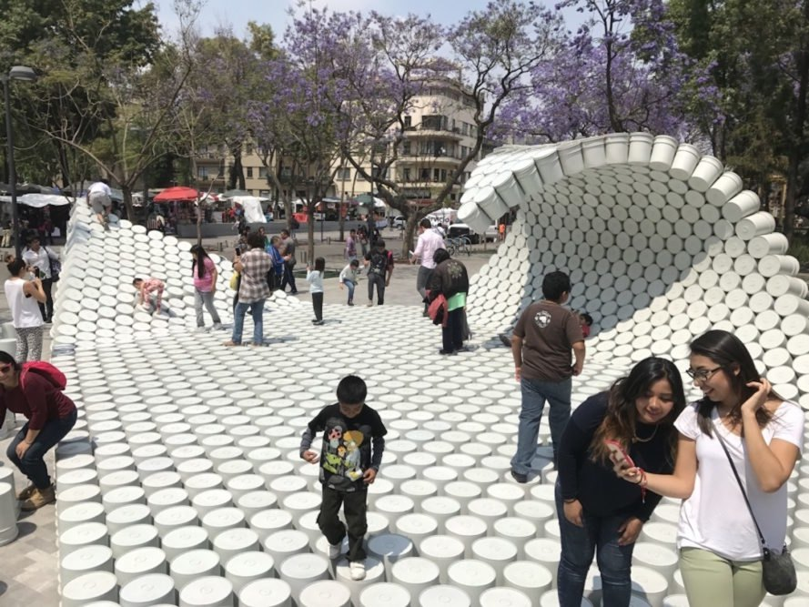 One Bucket at a Time by Factor Eficiencia and 5468796 Architecture, MEXTROPOLI 2017 installation, MEXTROPOLI 2017 buckets, bucket installation, bucket public space, bucket art, viene viene, viene viene-inspired architecture, painter bucket architecture, Mexico City public space pop up