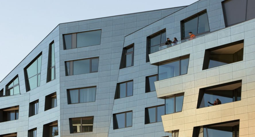 Sapphire Berlin, Daniel Libeskind, Studio Libeskind, crystalline facade, Berlin, self-cleaning facade, air purification, Casalgrande Padana, titanium dioxide, photocatalytic facade, green architecture, green facade