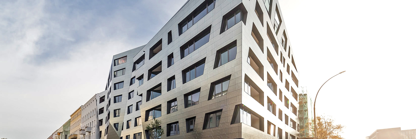 This new Berlin apartment building literally purifies the city's air