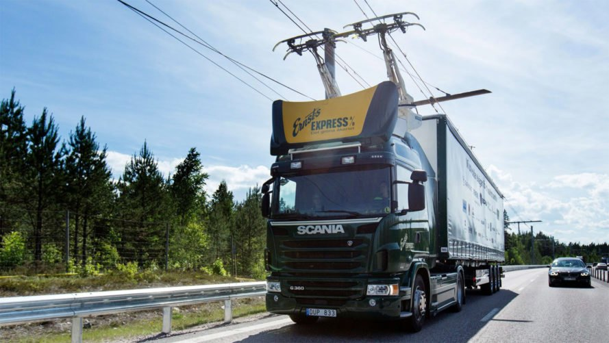 Siemens eHighway, eHighway, electric highway, electric freight, freight transportation, big rig emissions, semi truck emissions, freight emissions, global emissions, electric big rig, electric semi truck, electric power, German electric highway, electric autobahn, reducing emissions, green transportation