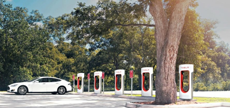 Supercharger, Tesla, Elon Musk, electric vehicle, electric, eco-friendly, environmentally-friendly, environment,