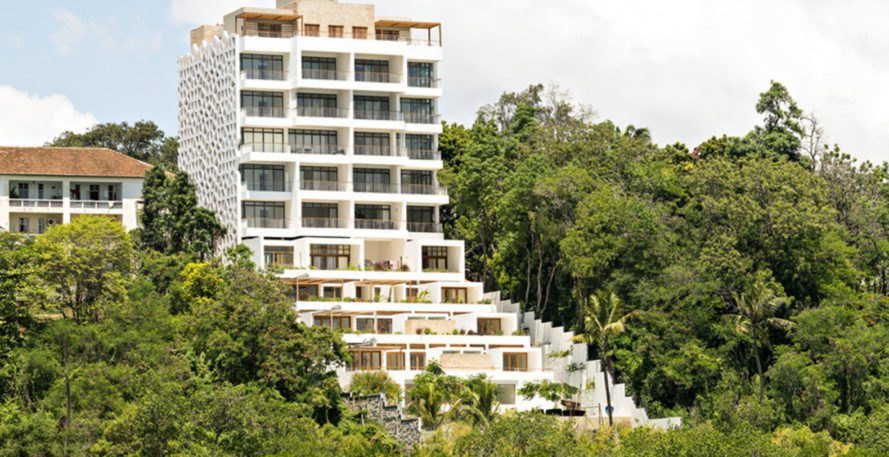 Tudor apartments, Urko Sánchez Architects, green facade, natural ventilation, Kenya, green architecture, minimize heat gain, terraces, green patio, panoramic views, natural light